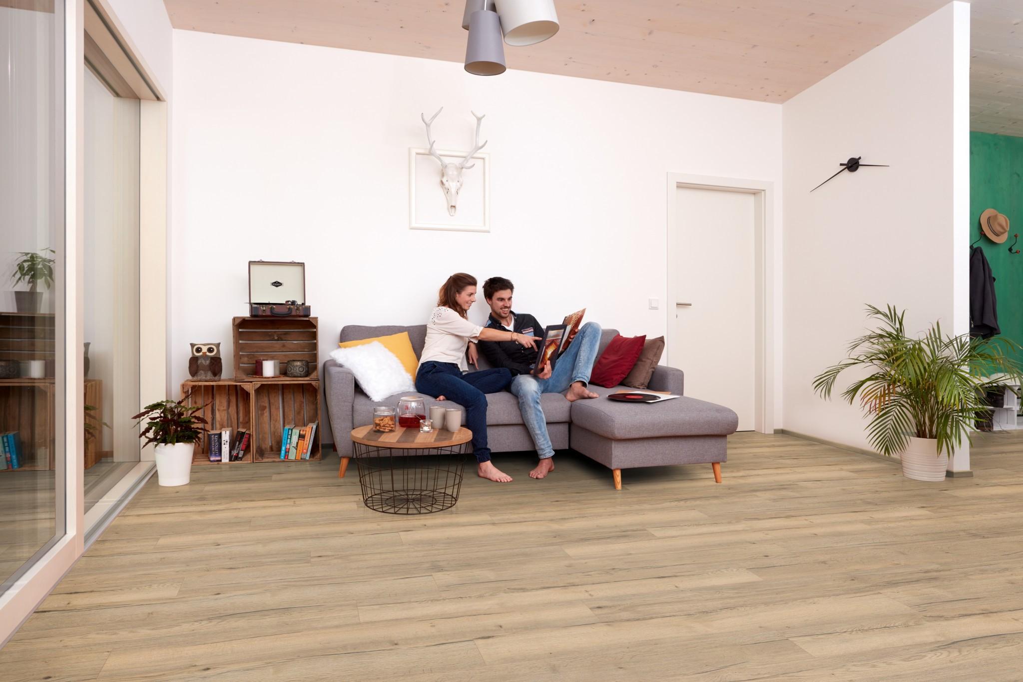 02PI_AP_PH_flo_home_comfort_livingroom_classic_wv4_EHC011_L7_01b